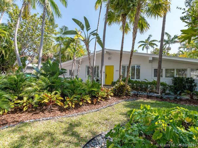 255 Glenridge Rd, Key Biscayne, FL 33149 (MLS #A10643122) :: The Adrian Foley Group