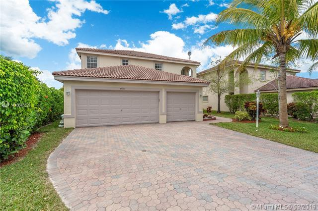 4800 NW 116th Ter, Coral Springs, FL 33076 (MLS #A10643329) :: The Riley Smith Group