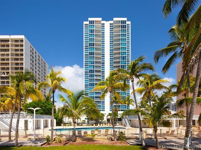 2655 Collins Ave #408, Miami Beach, FL 33140 (MLS #A10646502) :: The Kurz Team