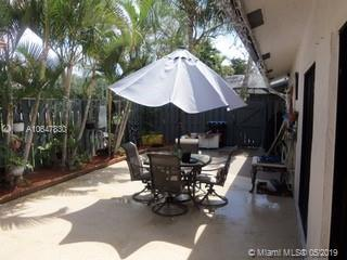 1074 Summit Trail C, Palm Beach, FL 33415 (MLS #A10647830) :: The Paiz Group