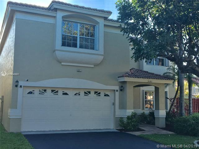 3185 NW 71st Ave, Margate, FL 33063 (MLS #A10648681) :: Laurie Finkelstein Reader Team
