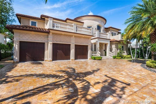 2561 Mercedes Drive, Fort Lauderdale, FL 33316 (MLS #A10652121) :: The Paiz Group