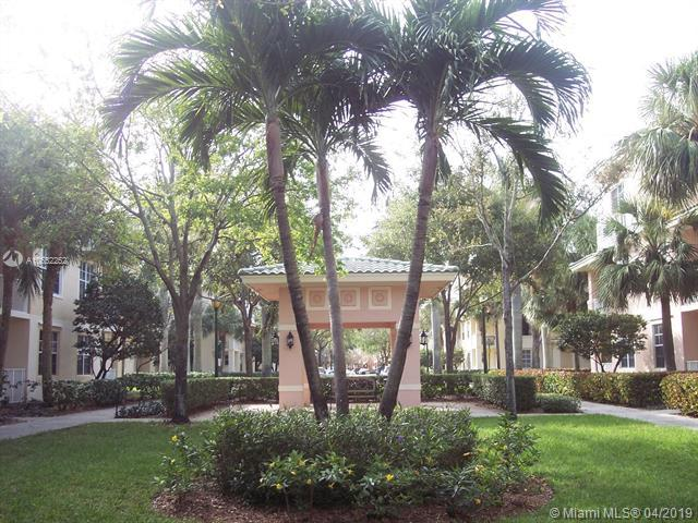 1200 Town Center Dr #319, Jupiter, FL 33458 (MLS #A10652252) :: The Paiz Group