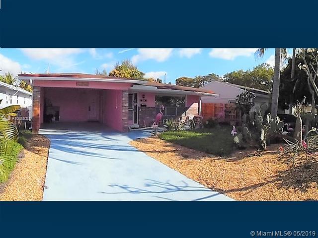 258 SW 8th St, Dania Beach, FL 33004 (MLS #A10654024) :: Grove Properties