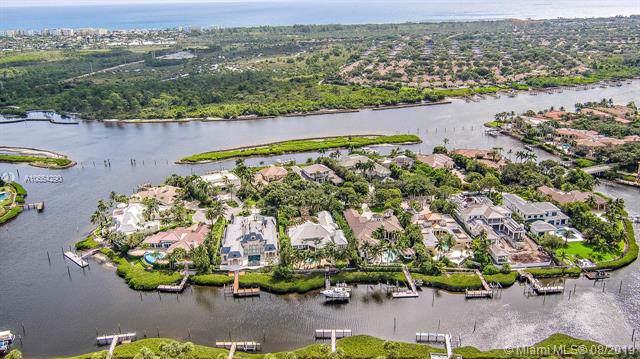 228 Commodore Dr, Jupiter, FL 33477 (MLS #A10654290) :: Grove Properties
