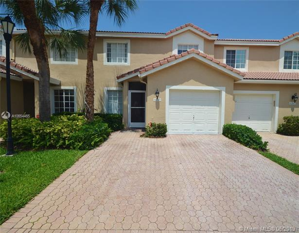 6243 NW 74th Ct, Parkland, FL 33067 (MLS #A10654465) :: The Brickell Scoop
