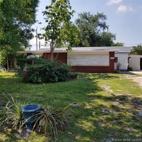 1267 SW Buckskin Trl, Stuart, FL 34997 (MLS #A10655141) :: The Brickell Scoop
