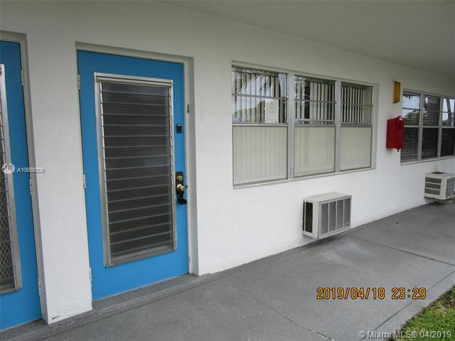 487 Durham Q #487, Deerfield Beach, FL 33442 (MLS #A10659309) :: The Paiz Group