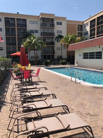 220 SW 9th Ave #311, Hallandale, FL 33009 (MLS #A10659628) :: RE/MAX Presidential Real Estate Group