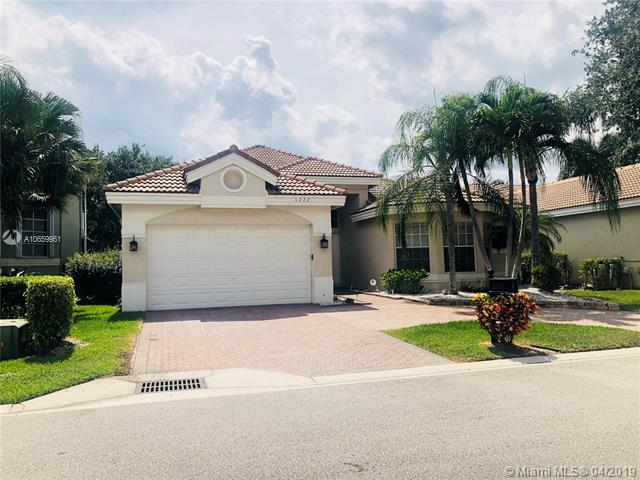 6222 NW 125th Ave, Coral Springs, FL 33076 (MLS #A10659951) :: The Paiz Group