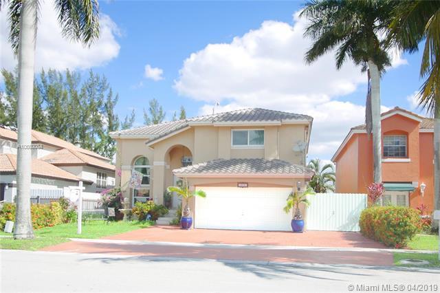 13021 NW 11th Ter, Miami, FL 33182 (MLS #A10660084) :: The Paiz Group