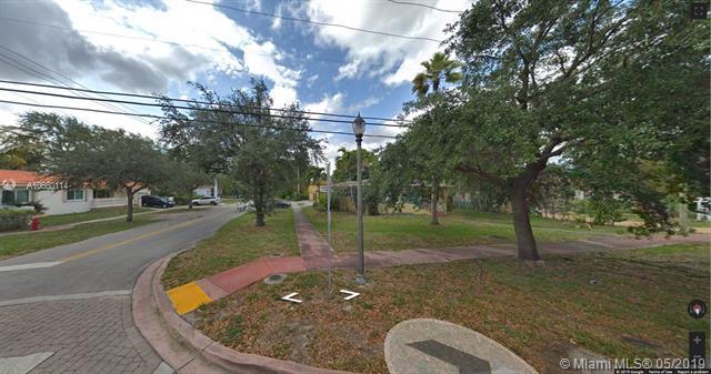 411 NE 87th St, El Portal, FL 33138 (MLS #A10660114) :: Lucido Global