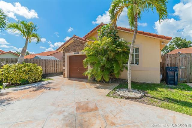 17723 SW 145th Ave, Miami, FL 33177 (MLS #A10660459) :: Green Realty Properties