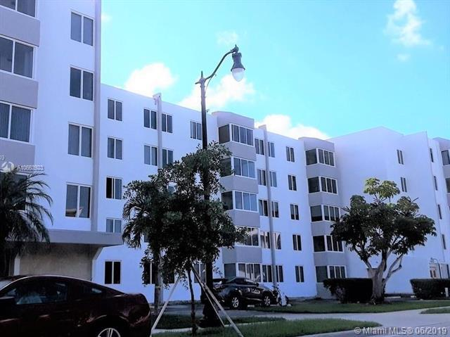 250 180th Dr #307, Sunny Isles Beach, FL 33160 (MLS #A10663923) :: Ray De Leon with One Sotheby's International Realty