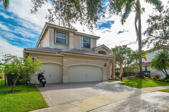 1418 Lantana Dr, Weston, FL 33326 (MLS #A10664736) :: Grove Properties