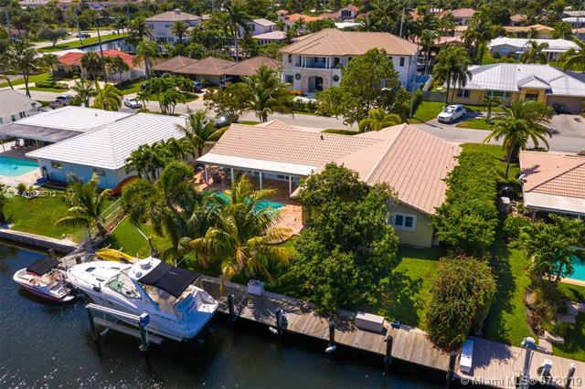 4000 NE 24th Ave, Lighthouse Point, FL 33064 (MLS #A10665712) :: Ray De Leon with One Sotheby's International Realty