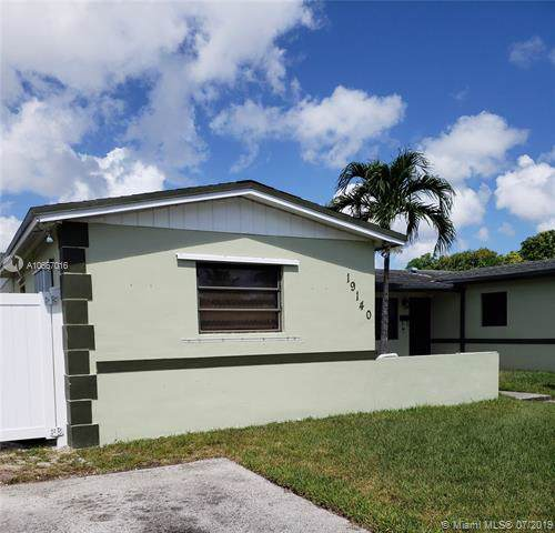 19140 NW 35th Ave, Miami Gardens, FL 33056 (MLS #A10667016) :: Grove Properties