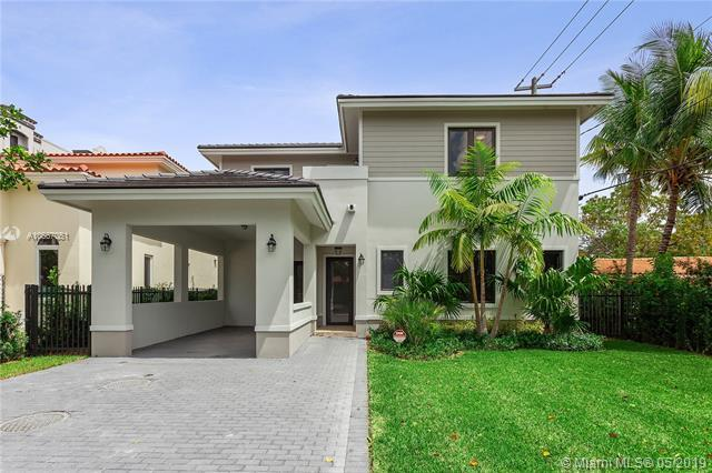 1557 San Benito Ave, Coral Gables, FL 33134 (MLS #A10667051) :: The Maria Murdock Group