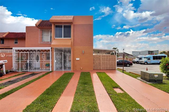4345 W 10th Ln #47, Hialeah, FL 33012 (MLS #A10667390) :: Green Realty Properties