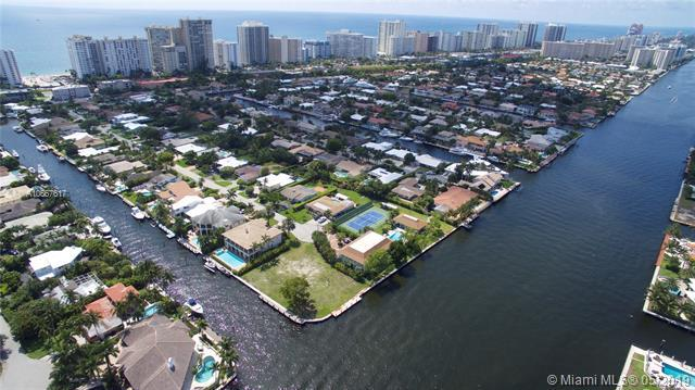 287 SW Codrington Dr, Lauderdale By The Sea, FL 33308 (MLS #A10667617) :: The Brickell Scoop