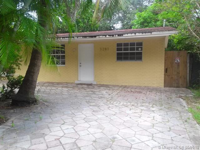 1281 NE 151st St, North Miami Beach, FL 33162 (MLS #A10670052) :: Green Realty Properties