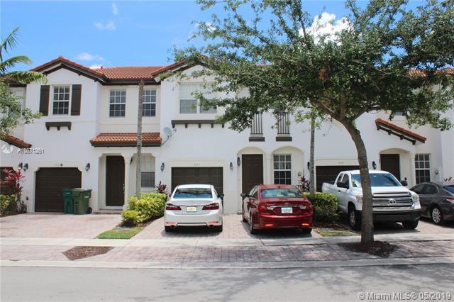 985 NE 30th Ave, Homestead, FL 33033 (MLS #A10671261) :: Green Realty Properties