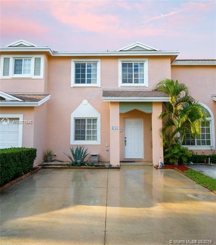4747 SW 14th St, Deerfield Beach, FL 33442 (MLS #A10671543) :: The Brickell Scoop