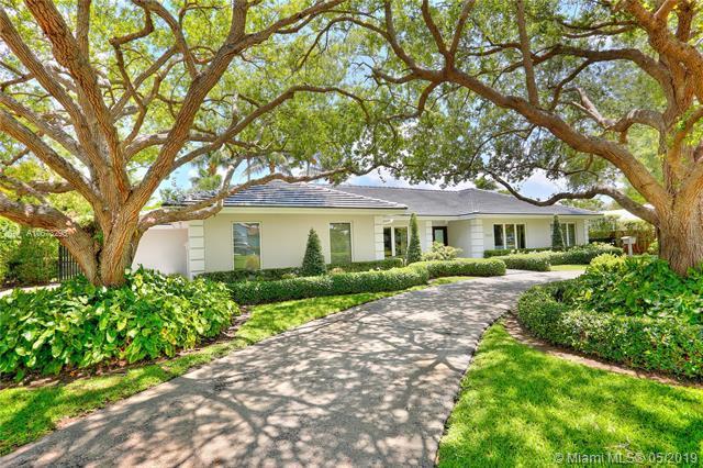 14625 SW 75th Ave, Palmetto Bay, FL 33158 (MLS #A10673295) :: Grove Properties