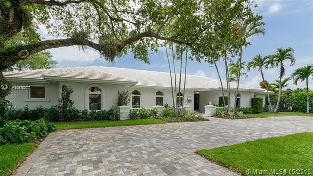 4722 Granada Blvd, Coral Gables, FL 33143 (MLS #A10675077) :: The Adrian Foley Group
