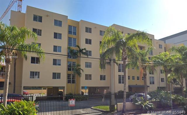 210 SW 11th St #405, Miami, FL 33130 (MLS #A10675150) :: EWM Realty International