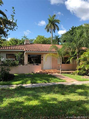 1550 Zuleta Ave, Coral Gables, FL 33146 (MLS #A10675293) :: The Maria Murdock Group