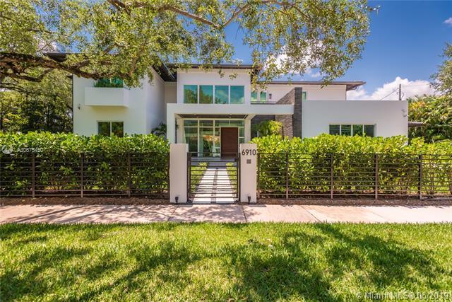 6910 Leonardo St, Coral Gables, FL 33146 (MLS #A10675450) :: Grove Properties