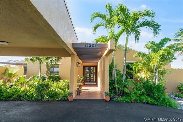 21221 SW 248 St, Homestead, FL 33031 (MLS #A10676886) :: Green Realty Properties