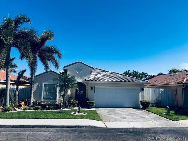 16582 NW 9th Ct, Pembroke Pines, FL 33028 (MLS #A10677130) :: RE/MAX Presidential Real Estate Group