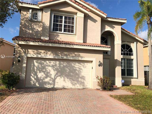 1865 SW 163rd Ave, Miramar, FL 33027 (MLS #A10678398) :: RE/MAX Presidential Real Estate Group
