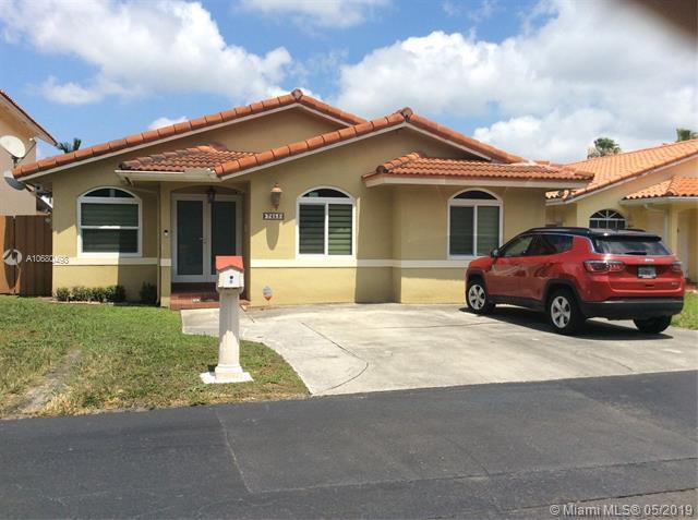 7453 SW 115th Ct, Miami, FL 33173 (MLS #A10680498) :: EWM Realty International