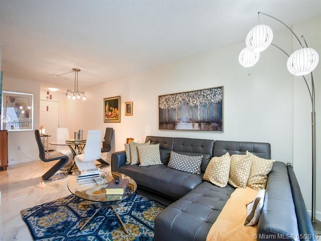 6801 Harding Ave #407, Miami Beach, FL 33141 (MLS #A10680708) :: Green Realty Properties