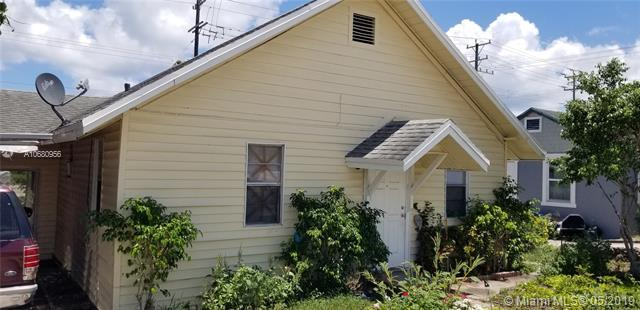 710 N A St, Lake Worth, FL 33460 (MLS #A10680956) :: The Paiz Group