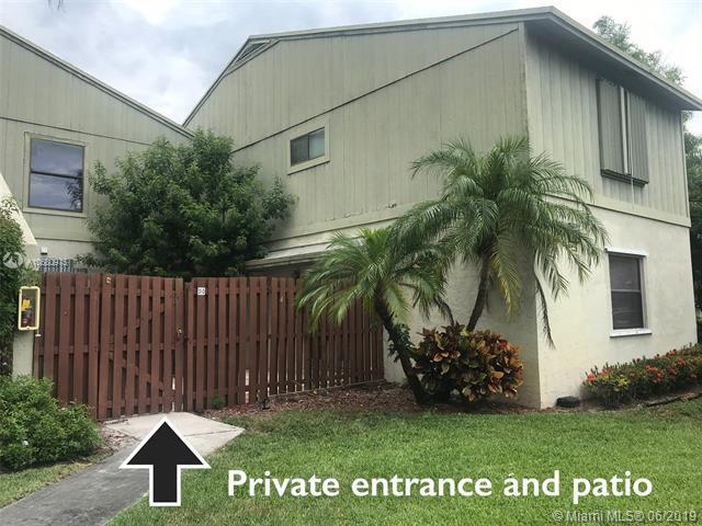 31 Crossings Cir D, Boynton Beach, FL 33435 (MLS #A10680975) :: Grove Properties