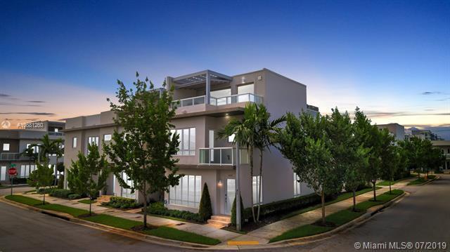 10560 NW 64th Ter #10560, Doral, FL 33178 (MLS #A10681260) :: Grove Properties