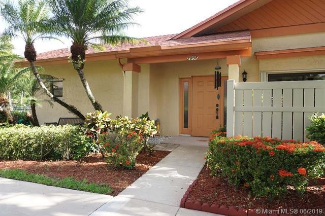 2806 Carambola Cir #1978, Coconut Creek, FL 33066 (MLS #A10681653) :: EWM Realty International