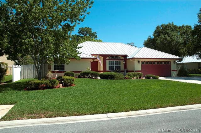 630 SE Southwood Trl, Stuart, FL 34997 (MLS #A10686090) :: EWM Realty International