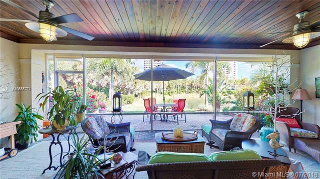 3928 Dune Side Dr, Hutchinson Island, FL 34949 (MLS #A10686271) :: Grove Properties