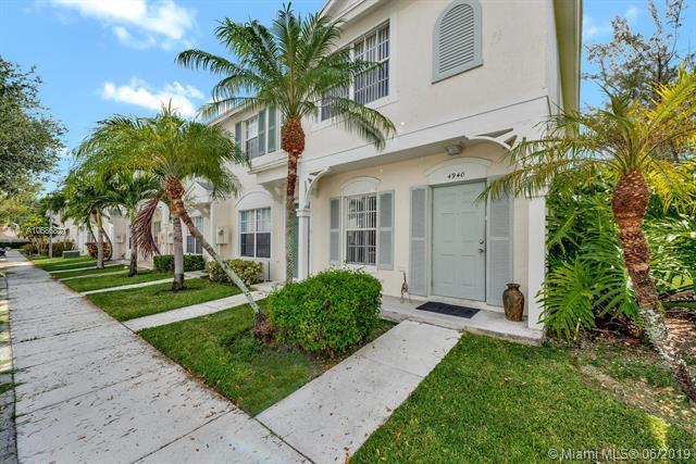 4940 SW 31st Terrace #4940, Fort Lauderdale, FL 33312 (MLS #A10686821) :: Green Realty Properties