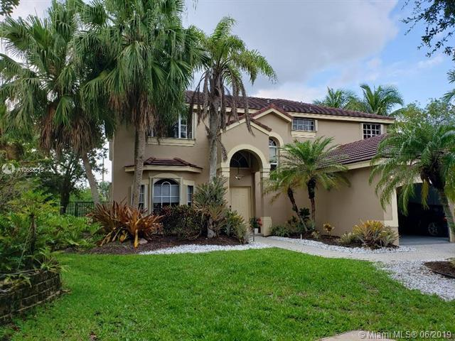 2793 Oakbrook Dr, Weston, FL 33332 (MLS #A10688215) :: EWM Realty International