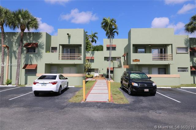 11011 NW 7th St 104-8, Miami, FL 33172 (MLS #A10688257) :: Green Realty Properties