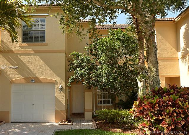 729 NW 170th Ter, Pembroke Pines, FL 33028 (MLS #A10688656) :: The Brickell Scoop