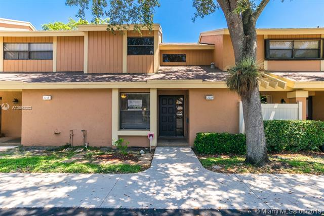 2257 NW 45th Ave #2257, Coconut Creek, FL 33066 (MLS #A10690083) :: EWM Realty International