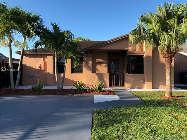 12416 SW 193rd St, Miami, FL 33177 (MLS #A10690644) :: EWM Realty International