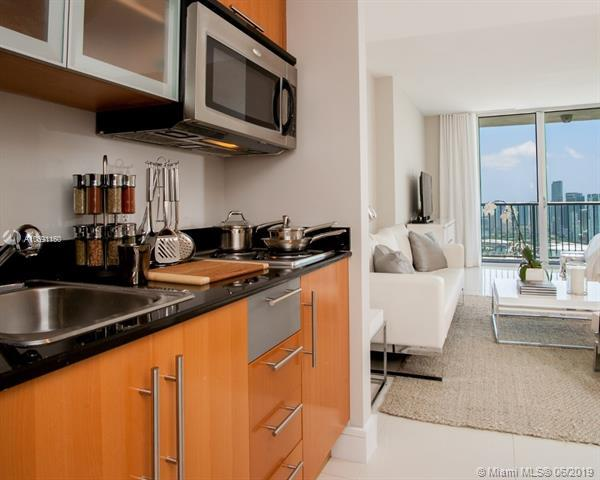1750 N Bayshore Dr #1508, Miami, FL 33132 (MLS #A10691160) :: The Adrian Foley Group
